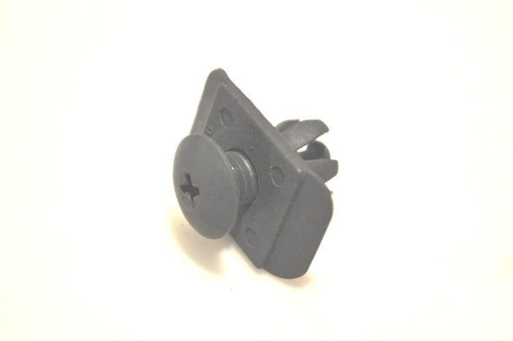 Air Guide to Front Bumper Upper Clip *Used*